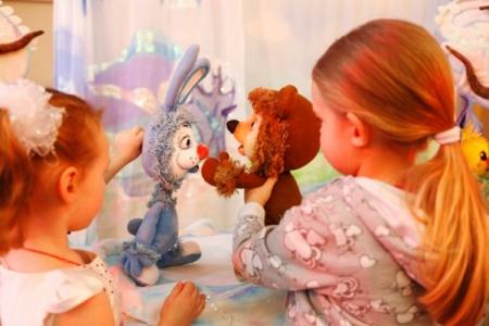 Кукольный спектакль по сказкам  В. Сутеева
