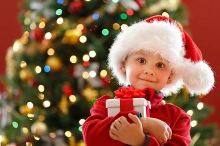 Развлекательно-игровая программа «К нам приходит Новый год и подарки нам несёт»