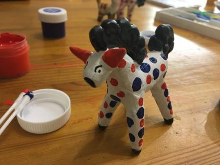 Мастер класс по лепке дымковской игрушки: лошадка.
