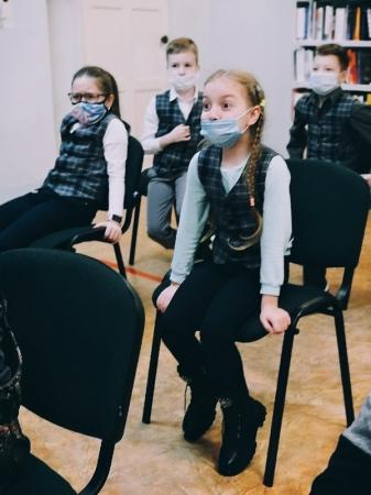 """Показ теневого театра по сказке Джулии Дональдсон """"Груффало"""""""
