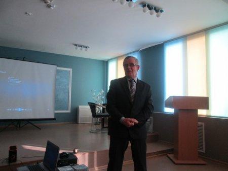 Презентация альманаха «Параллели»