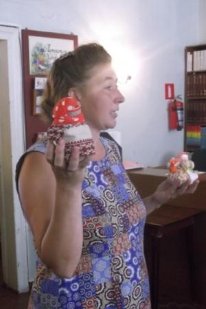 Мастерица народных кукол