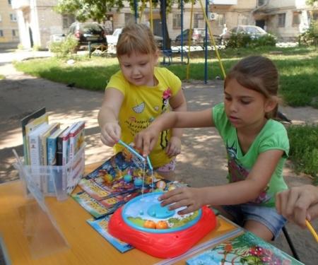 Читать, играть и прыгать! Библиодворики ждут гостей!