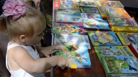Литературные площадки для малышей в рамках Международной акции «Книжка на ладошке 2017»