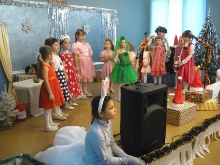 Новогодняя программа с мюзиклом от детского театра «Авангард»